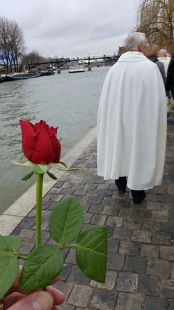 Paris mar2018 redrose small